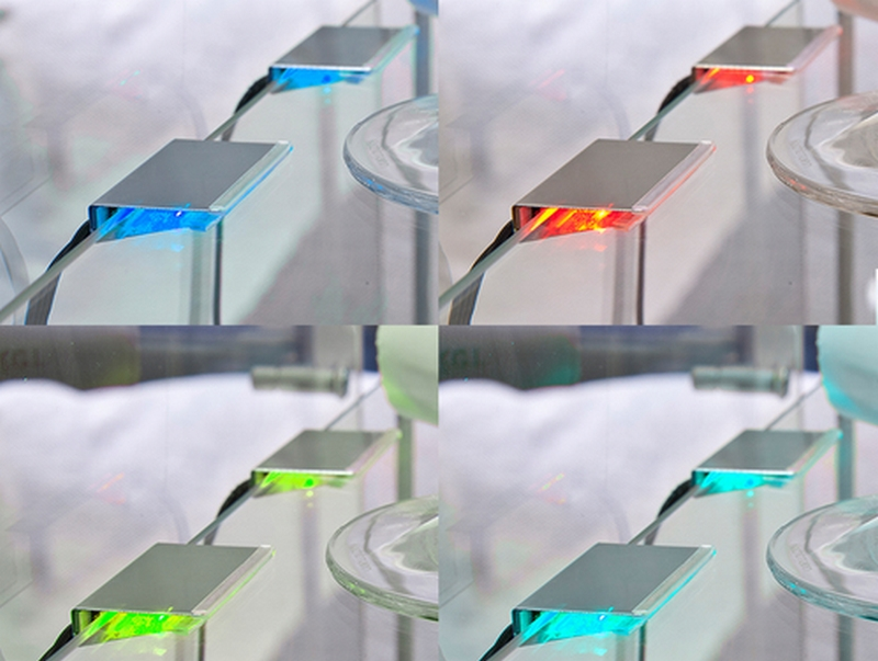 Sada RGB-LED osvětlení polic (2 ks) TYP 79062721